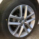 タイヤを交換するのにこうしたらディーラーの半額以下であがったよ